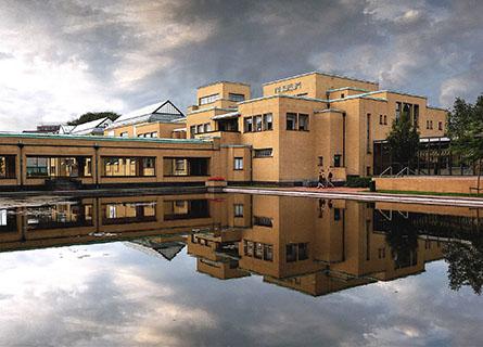 Gemeentemuseum Den Haag by Hendrik Petrus Berlage